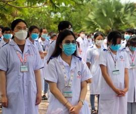 600 SV Đại học Y Dược Cần Thơ lên đường hỗ trợ Kiên Giang chống dịch