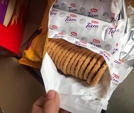 Bắt quả tang công ty gia hạn sử dụng bánh quy hết hạn dùng