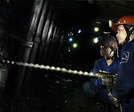Lương của người lao động TKV gần 13 triệu đồng/tháng