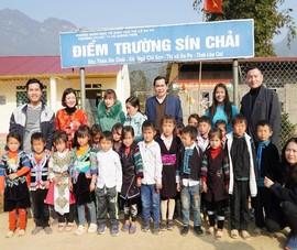 Bàn giao 2 phòng học mới cho thầy và trò ở vùng cao Sa Pa