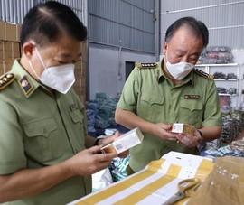 Kiểm tra hàng loạt kho hàng hóa không rõ nguồn gốc liên tỉnh Hà Nội, Hưng Yên