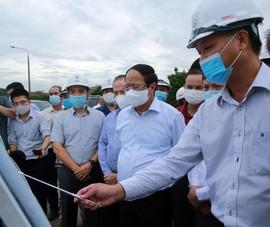Phó Thủ tướng Lê Văn Thành: An toàn hồ đập, đê điều là yếu tố sống còn