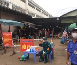 Cần làm gì để chợ truyền thống được mở cửa trở lại?