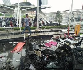 Nổ kép ở trung tâm mua sắm Thái Lan, 20 người bị thương