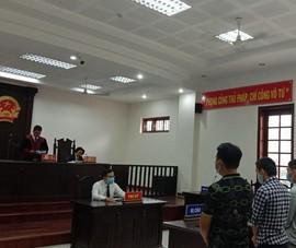 Một bị cáo được trả tự do ngay tại tòa