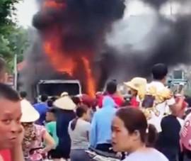 Xe tải cháy ngùn ngụt trên quốc lộ 1A, tài xế chạy thoát thân
