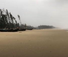 Thi thể 1 nam thanh niên dạt vào bờ biển