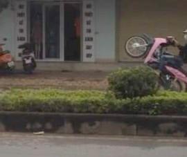 Công an đã tìm ra 1 thanh niên chạy xe máy 'bốc đầu'