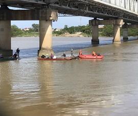 Tìm thấy thi thể cô gái mất tích trên sông Lam