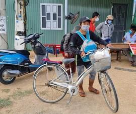 4 người trong gia đình đạp xe từ Đồng Nai về Nghệ An: Đã được lên tàu hỏa