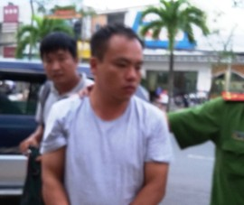 Di lý nghi phạm người Trung Quốc trộm ô tô về Hậu Giang