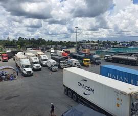 Ùn xe nghiêm trọng ở khu vực trung chuyển hàng hóa TP Cần Thơ