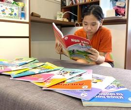 Vất vả tìm mua sách giáo khoa