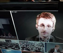 Chống Cơ quan An ninh Quốc gia Hoa Kì: 'người thổi còi' Snowden sẽ an toàn?