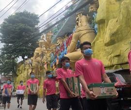 Sài Gòn FC và những vòng tay yêu thương