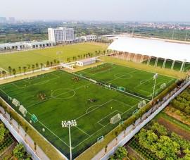PVF chuyển giao, Tập đoàn giáo dục Văn Lang tặng 100 tỉ đồng