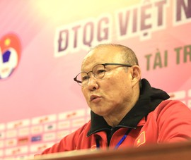 Hợp đồng của ông Park tự động gia hạn thêm một năm