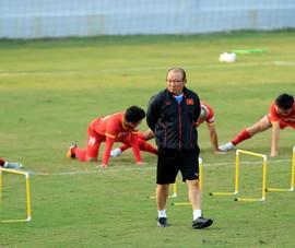Minh Vương nhả đạn, thầy Park trút gánh nặng Hùng Dũng