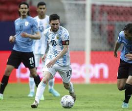 Messi kiến tạo sắc sảo, Argentina thắng hú hồn