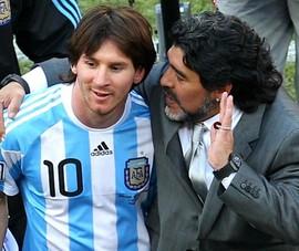 Messi bị chê bai không bao giờ bằng... Maradona
