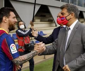 Sốc: Barca chưa ký hợp đồng, Messi vẫn là cầu thủ tự do