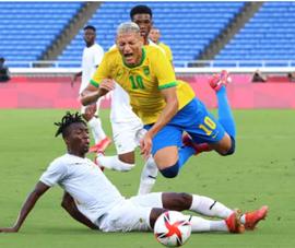 Brazil lỗi nhịp, Tây Ban Nha, Pháp, Đức, Nhật, Hàn rủ nhau thắng