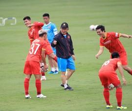 Ông Park gọi 3 tân binh lên tuyển để làm gì?
