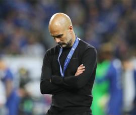 Man City thua đau do độc chiêu số 9 ảo của Pep Guardiola đã lỗi thời