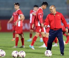 Nóng: Ông Park loại 7 cầu thủ, không có Minh Vương, Bùi Tiến Dũng