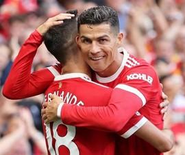 HLV Solskjaer đẩy ngôi sao Ronaldo ngồi ghế dự bị ở Champions League