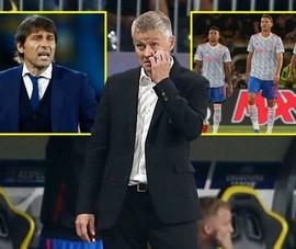 Ronaldo ngăn cản HLV Conte ngồi ghế nóng MU