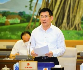 Chính phủ đề nghị miễn toàn bộ các loại thuế cho cá nhân, hộ kinh doanh