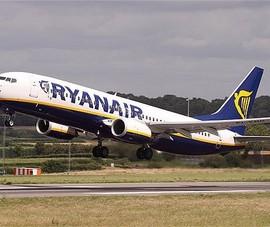 Hai máy bay đâm nhau, hàng trăm hành khách hoảng loạn