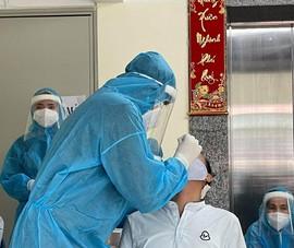 Khẩn: Ưu tiên xét nghiệm SARS-CoV-2 cho tài xế chở hàng hoá thiết yếu