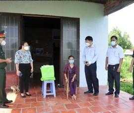 Sawaco trao 3000 phần quà giúp người dân TP.HCM vượt qua khó khăn