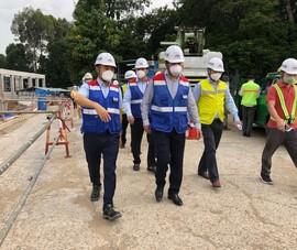 Thứ trưởng Bộ Xây dựng thị sát tuyến metro số 1