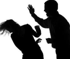 Khởi tố người chồng hành hạ vợ khuyết tật