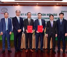 Vietcombank và Toyota Việt Nam ký hợp tác
