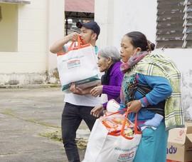 Kienlongbank dành 5 tỉ tặng quà Tết bà con khó khăn
