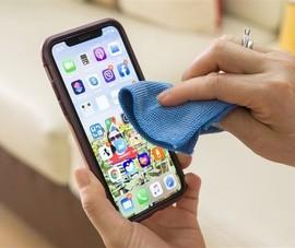 Cách vệ sinh iPhone 11 của giới trẻ thời COVID