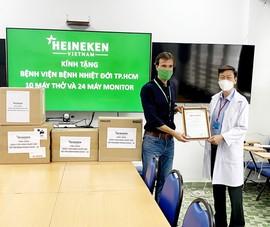 HEINEKEN Việt Nam ủng hộ máy thở, máy theo dõi cho bệnh nhân COVID-19