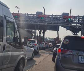 Kiến nghị ban hành hướng dẫn xả trạm thu phí khi kẹt cao tốc