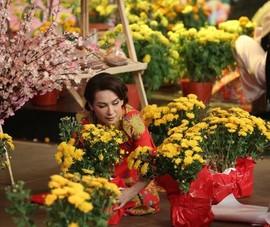 Dàn nghệ sĩ diện áo dài đón Tết cùng 'Ký ức vui vẻ'