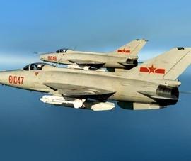 Đằng sau việc TQ đưa 'máy bay tuổi ông nội J-7' xâm nhập ADIZ Đài Loan thiết lập