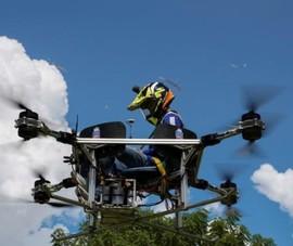 Ảnh:Sinh viên Campuchia thiết kế máy bay không người lái kiêm taxi, xe cứu hỏa