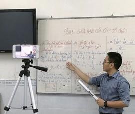 Sinh viên đại học được bảo vệ tốt nghiệp online từ 3-5-2021
