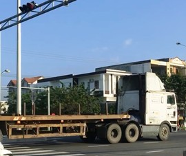 Tài xế lý giải lý do đoàn container vượt đèn đỏ ở Đà Nẵng