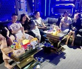 10 người nước ngoài dương tính ma túy trong quán karaoke