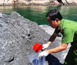 Đổ nguyên liệu xi măng xuống biển, bị phạt 700 triệu đồng