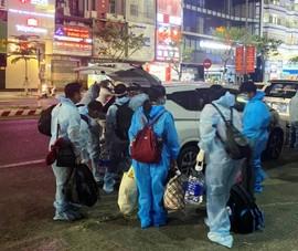 Đà Nẵng bàn giao 7 người Trung Quốc cho Quảng Ngãi cách ly